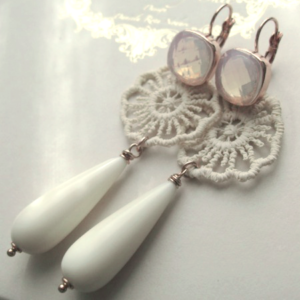 orecchini-bianchi-FLOWERS-POWER